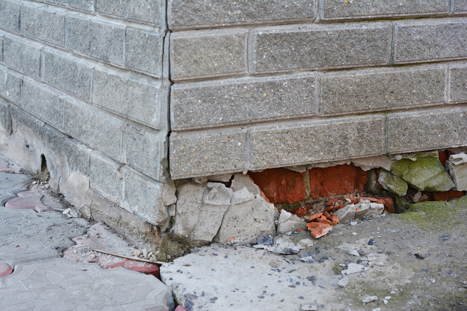 What Buyers and Sellers Need to Know About Foundation Damage